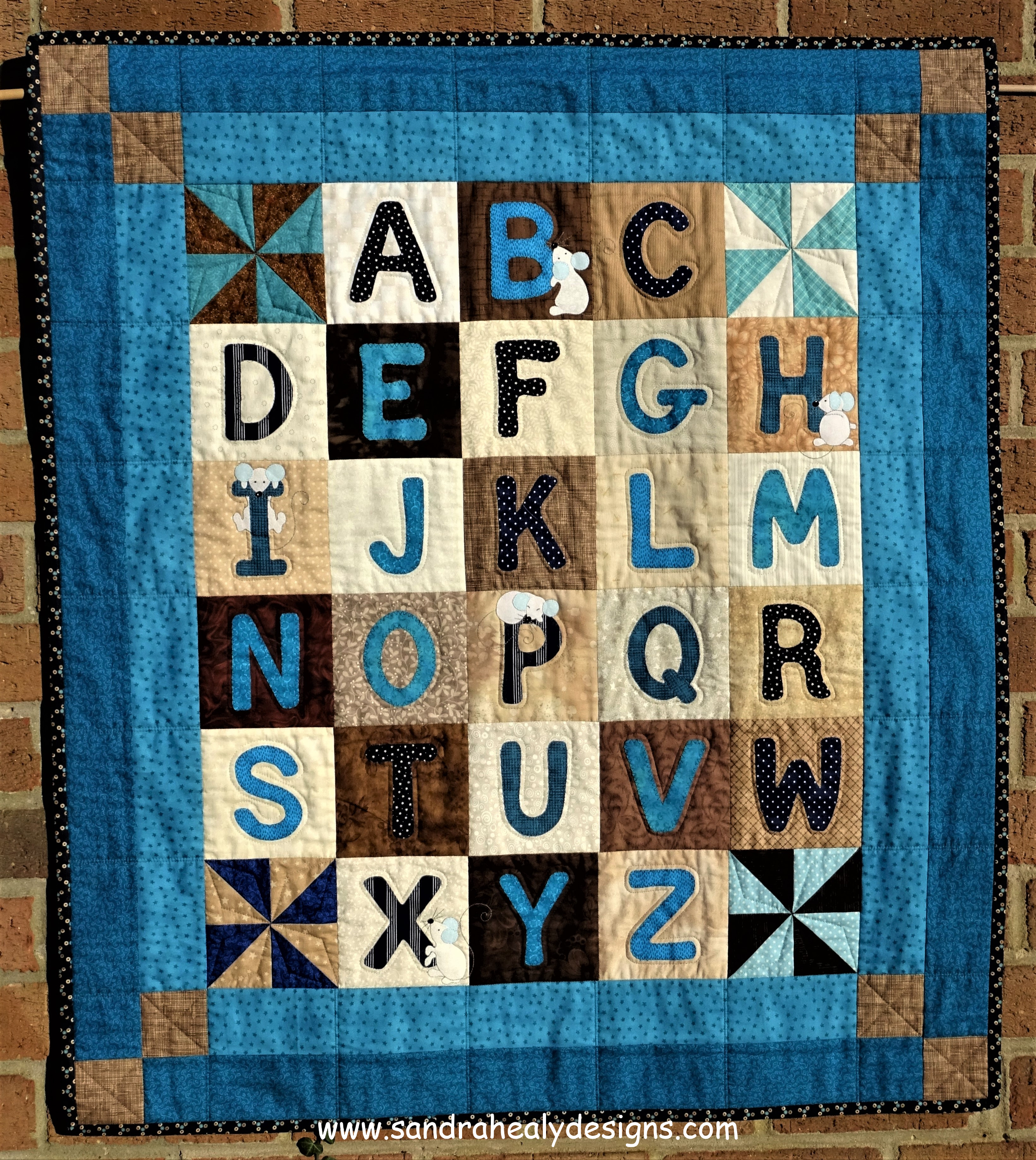 Lettering Templates For Quilting : Alphabet Quilt Pattern Wall Hanging - Sandra Healy Designs Quilt Pattern Designer